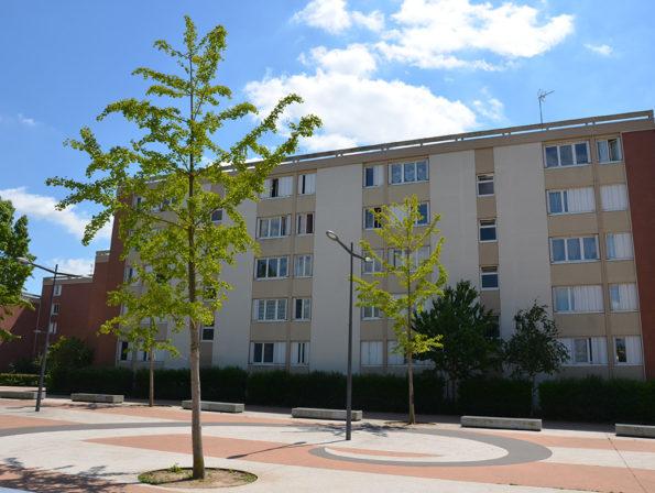 Location appartement t4 evreux n treville champagne for Habitat de champagne